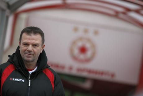 Живков пред Topsport.bg: Стойчо много обича ЦСКА, но до последно се пазареше за пари!