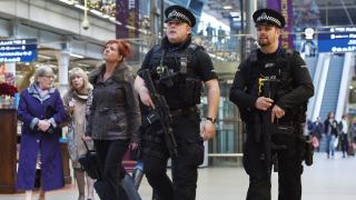 """Нападателят от лондонското метро – привърженик на """"Ислямска държава"""""""