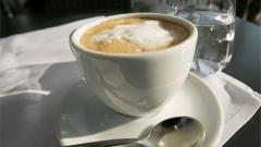 Проф. Донка Байкова: Пийте кафето си с чаша вода