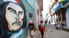 САЩ забраняват чартърните полети до Куба