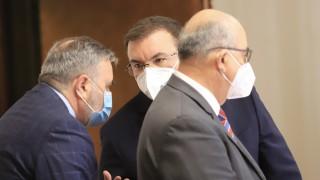 Костадин Ангелов няма нужда от политика, за да осигури безопасни избори