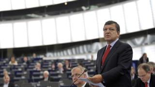 Барозу вади нов инструмент срещу кризата