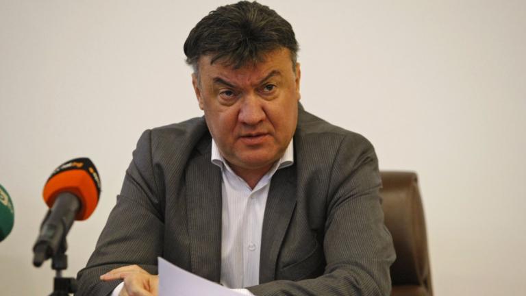 Боби Михайлов: Несериозно е да ни обвиняват, че обслужваме Лудогорец