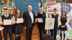 Зам.-министър Стоян Андонов награди най-активните училища в Европейския ден на спорта в училище