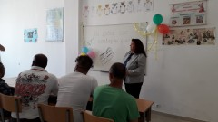 1080 затворници започват учебната година