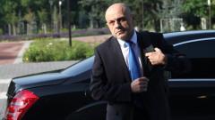 Дончев не обещава експресно влизане в чакалнята за еврото
