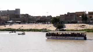 Повече от 80 загинали при инцидента с ферибота в Ирак