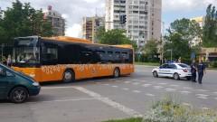 Автобус блъсна дете с тротинетка на булевард в София