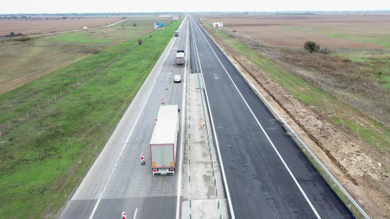 Завърши ремонтът на 12 км участък от общо 52 км