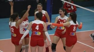 Бързи победи за волейболистките на ЦСКА и Марица