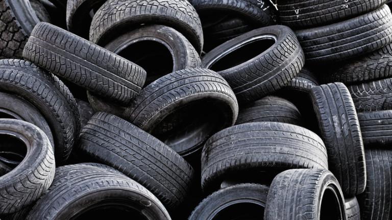 С над 30 места за стари гуми Столичната община бори мръсния въздух