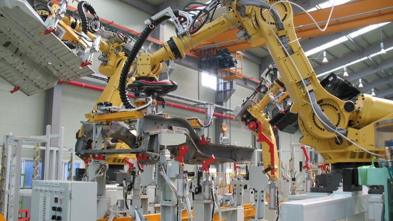Професиите, които ще станат излишни заради компютрите и роботите