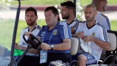 Феновете подкрепиха звездите на Аржентина преди решителния сблъсък
