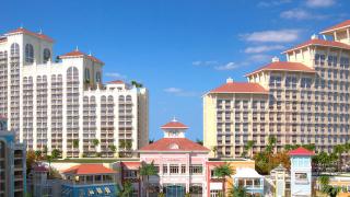 Хотелският комплекс за $3,5 милиарда, където не стъпват туристи
