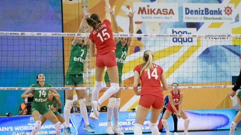 Волейболистките загубиха дебютния мач на Иван Петков