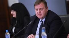Каракачанов потвърди, че няма отговорен служител от МО за истерията в Сливен