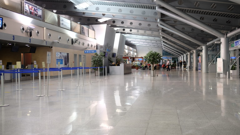 Седем оферти за концесията на двете международни летища в Черна гора
