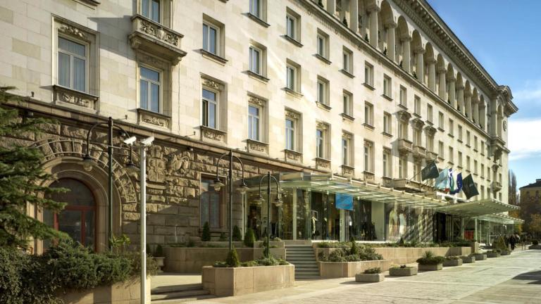 """Столичният """"София хотел Балкан"""" ще има нов собственик от Кипър"""