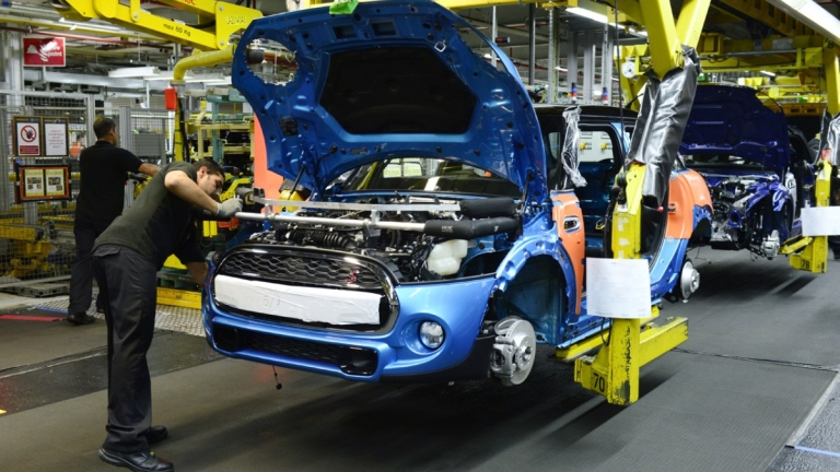 Цената на Брекзит: Производството на автомобили се е свило с 44,5% за година