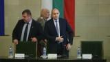 Радев настоява властта да говори за България след чакалнята на Еврозоната