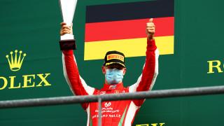 Мик Шумахер се завърна във Формула 1