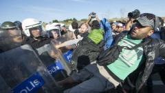 Потокът от мигранти може да се насочи към България, предупреди МОМ