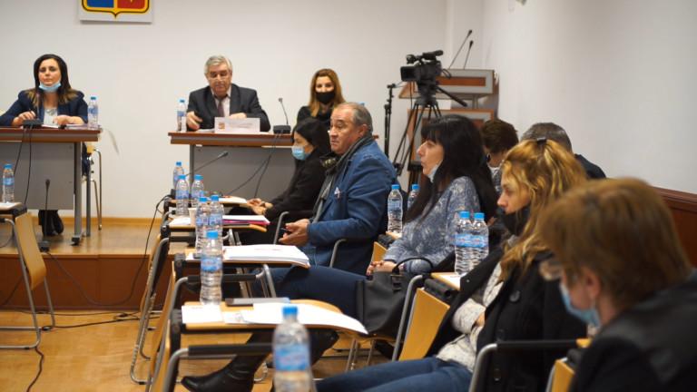 Общинският съвет в Мездра не потвърди забраната за изграждането на 5G мрежата