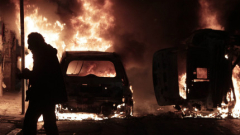 Гръцки анархисти превърнаха центъра на Атина в бойно поле при протест