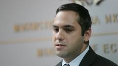 """Караниколов обещал на работниците държавата да придобие """"Дунарит"""""""