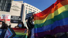 Студентските протести се разрастват, младите се обръщат срещу Ердоган