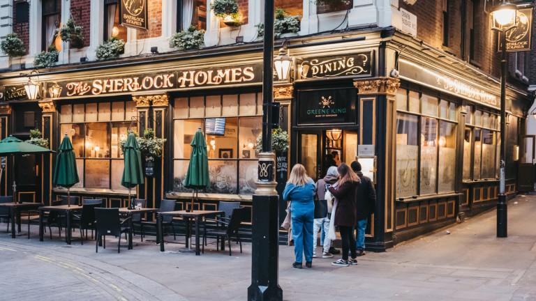 Във Великобритания: Правителството плаща половината сметка в ресторанта