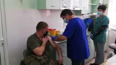 Започна имунизацията на военните срещу COVID-19