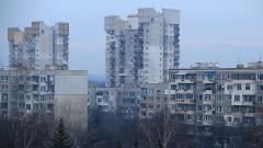 Българинът не се отказва от домашната ракия, туршиите и прането на балкона
