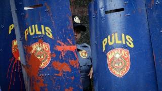 Нападение на филипински затвор освободи повече от 130 затворници