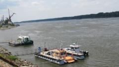 Корабоплаването по Дунав затруднено заради ниското речно ниво