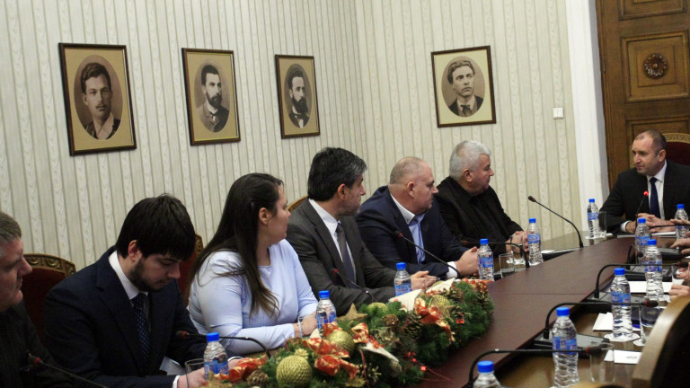 Румен Радев призова институциите да се обединят зад превозвачите
