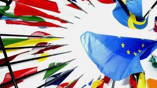 ЕС обмисля система за известяване със SMS при тероризъм и бедствия