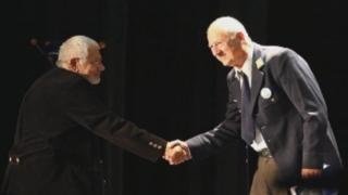 Павел Попандов с награда за цялостно творчество