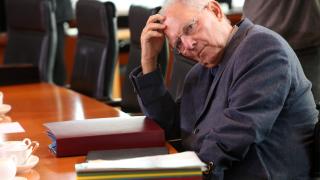 Таен доклад предвижда на Германия по-големи дългови проблеми от тези на Гърция