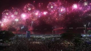 Невъобразимите 3 млн. души посрещнаха 2020-а на Копакабана