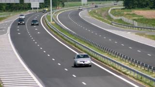 """Откриват поръчка за ремонт на 32 км от магистрала """"Тракия"""""""