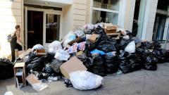 Гърция продължава да тъне в боклуци
