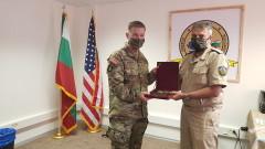 Шефът на отбраната се срещна с началника на Сухопътните войски на САЩ