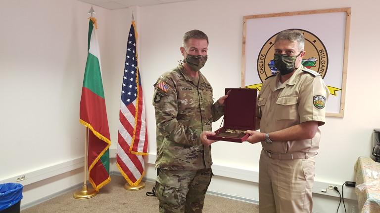 Началникът на отбраната адмирал Емил Ефтимов се срещна с началника