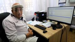 Брънзалов: В деня на ваксина без яйца, шоколад и алкохол