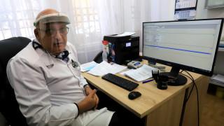 Брънзалов: Епидемия се бори с лекарства, ваксини и мерки