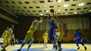 Плейофите в баскетболното първенство започват в края на април