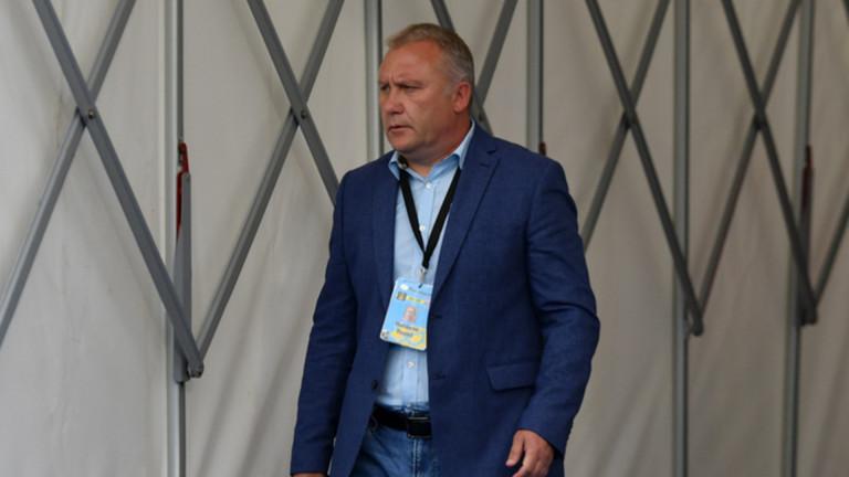 Ники Киров подготвя две изненади за Апоел