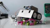 Защо съоснователят на Apple вижда хората като бъдещи домашни любимци на роботите?