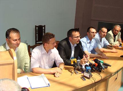 СДС подкрепя кабинета на Борисов